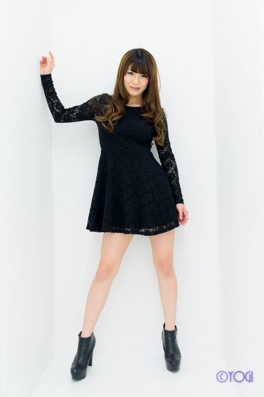 金井宥希さんの私服ポートレート