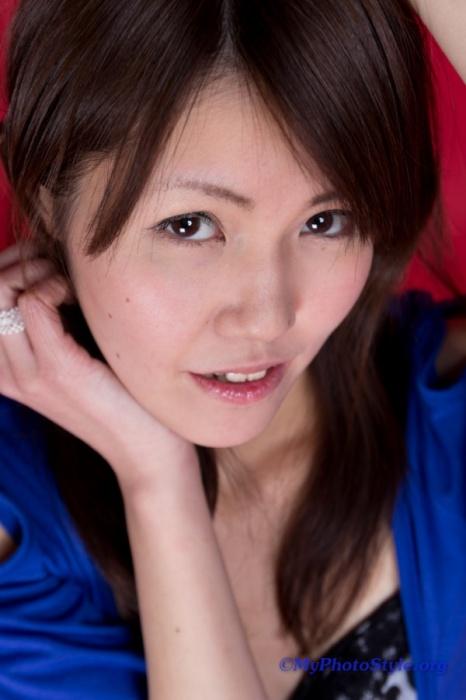 Asuka私服ポートレート